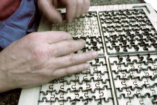 Процесс создания штампа пазлов